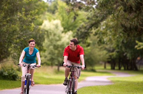 cycling_couple_1